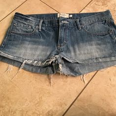 Shorts A&F denim shorts size 6. Worn once Abercrombie & Fitch Shorts Jean Shorts