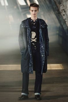Belstaff Fall 2017 Ready-to-Wear Collection Photos - Vogue