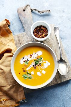 spicy butternut squash soup Curry, Restaurant, Ethnic Recipes, Kitchen, Blog, Cooking, Diner Restaurant, Restaurants, Cucina