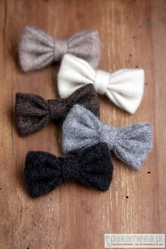 hair clips - bows - made by Agah