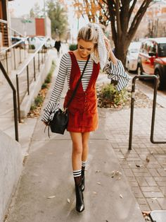 How To Find Affordable Fashion Clothes Black Women Fashion, Girl Fashion, Womens Fashion, Fashion Vest, Fashion Poses, Fashion Top, Cheap Fashion, Fashion 2017, Preppy Fall Outfits