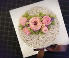 하루가 달고나_흑임자 | pi7pie153 | Vingle | 케이크,요리,베이킹   #flowercake #ricecake #muffins #food #dessert #flowercakeclass #cake #sweet #cafe #happybirthdaycake #baking #koreacake