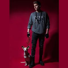 #wallsmagazine #modelagency #newyork #malemodel #drmartenstyle #drmartens #dog #puppy #malemodeltrending #models #fashionmagazine #malebeauty #studio #theface #thelook #hat #wuppertal #cool #strongface #editorial #igers #editorialshoot #editorialphotography #magazine #magazineeditorial #fashionstyling #red #stylehasnotime #prettyboy @walls.magazine @drmartensofficial @marinawillmsfashiondesign by evangelos_rodoulis