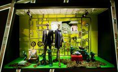Harvey Nichols, Hong Kong, army model kit, pinned by Ton van der Veer