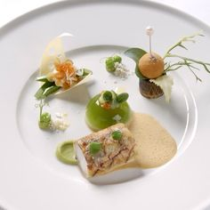 Australian Gourmet Traveller recipe for mulloway with brandade croquettes by Colin Fassnidge from Sydney restaurant Four in Hand. Gourmet Food Plating, Exotic Food, My Best Recipe, Food Decoration, Mets, Culinary Arts, Food Presentation, Creative Food, Food Design
