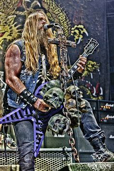 Zakk Wylde tearing up the stage with Black Label Society. Wow.