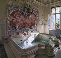Atrakcje Sosnowca. Pałac Dietla w Sosnowcu. Łazienka rokokowa Beautiful Interiors, Corner Bathtub, Castle, Landscape, Interior Design, Travel, Manor Houses, Buildings, Tumblr