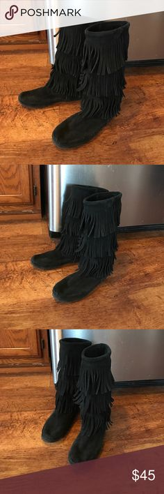 Minnetonka Three Layer Fringe Black Boots Mid calf, very comfy. Worn gently! Women's size 7. No flaws! Perfect for every season and will make any outfit pop! Minnetonka Shoes Winter & Rain Boots