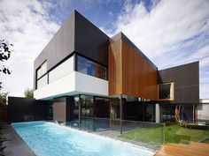 Backyard of the contemporary Geelong home with a refreshing pool and lovely garden Period Cottage in Geelong Gets a Classy Contemporary Addition