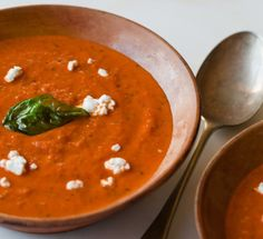 Copycat vs. Real Deal: La Madeleine Tomato Basil Soup