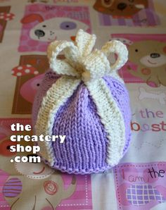 Knitting Pattern Baby Present Hat PDF by createry on Etsy, $4.85
