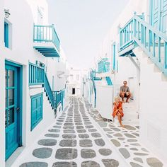 Arrived in Greece 🇬🇷 and straight to Mykonos to explore the streets ✧☾