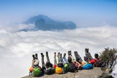 top-of-the-world-5-cloudy-heavens-for-trekkers-in-vietnam-2