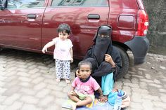 The World of the Muslim Beggar Shot By Marziya Shakir on Canon EOS 60D, via Flickr.