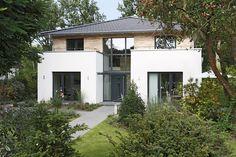 Stadtvilla von Mollwitz: Elegantes und innovatives Massivhaus – Mollwitz Massivbau - Der Spezialist für innovatives Bauen