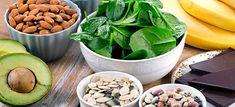 Χάστε 10 κιλά σε 2 βδομάδες με βραστό αυγό! - Ομορφιά & Υγεία - Athens magazine Sprouts, Potato Salad, Spinach, Buffet, Potatoes, Diet, Vegetables, Health, Ethnic Recipes