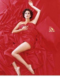 Ah, to be in Super Man's bed! Teri Hatcher