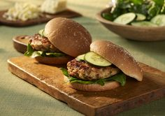 This moist, delicious burger substitutes ground chicken for the beef. It still has all of the flavor with less fat. Add some Hot Buffalo Wing Cheddar, hot sauce, chilies and fresh cilantro for a grilled masterpiece!