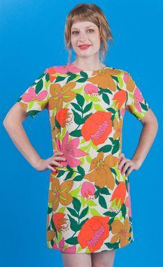 60s Big Flowers, Surface Pattern Design, Vintage Prints, Flower Designs, Flower Power, Repeat, Florals, Print Patterns, Folk