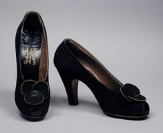 Pair of Woman's Pumps  I. Magnin & Co. (United States, California, Los Angeles, founded 1893)  United States, 1949-1952  Costumes; Accessories  Leather, sueded leather  7 3/8 x 2 3/4 x 5 3/4 in. (18.73 x 6.98 x 14.6 cm) each  Gift of Esther Ginsberg/Golyester (AC1996.80.1.1-.2)