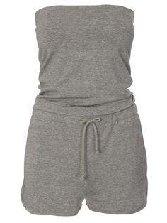 burda style, Schnittmuster - Schulterfreier, kurzer Overall aus weichem Jerseystoff mit Bindegürtel in der Taille. Nr. 108 B aus 07-2011