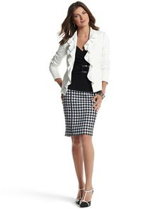 """HOUNDSTOOTH PENCIL SKIRT  STYLE: 570051518   4.5 / 5  Vertical lines of grosgrain trim keep this bold houndstooth in check. 55% Polyester, 45% Wool. Lining: 100% Polyester. Dry clean. Imported.  Sits below natural waist. Contour silhouette.  Vertical grosgrain ribbon front and back visually slims the silhouette. Hidden back zip with hook-and-eye closure.  Pattern-matched back seam.  Fully lined, thread-tacked. Binding at the waist.  Length: 21""""."""