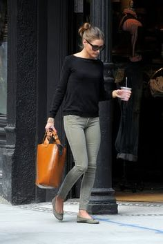 green jeans, casual elegance, olivia palermo, ballet flats, casual outfits, shoe, green pants, black, bags