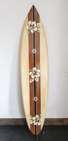 Surfboard bloemen | HOUTEN SURFBOARDS | www.landelijkenstoerrr.nl Houten, Room Goals, Beachy