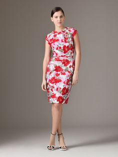 oscar de la renta--usually not big on prints, especially big prints, but this is gorgeous and I know I could find a garden party for this...