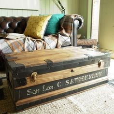 VINTAGE INDUSTRIAL CHEST Storage Trunk WWI MILITARY FOOTLOCKER Coffee Table  BOX