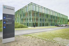 Multi-storey Car Park / JSWD Architekten