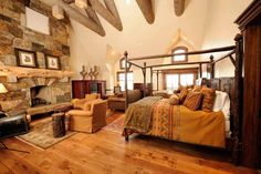 Bedroom at Rockwood Lodge, Old Edwards Inn and Spa