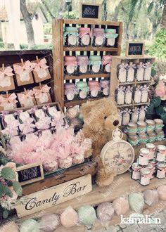 www.kamalion.com.mx - Mesa de Dulces / Candy Bar / Postres / Menta, Lila & Rosa / Mint, Lilac & Pink / Rustic Decor / Dulces / Vintage / Madera / Lecheros / Maletas / Reloj / Macarons / Clock / It's a girl / Bautizo.