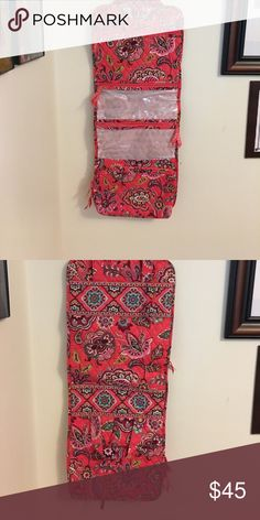 Hanging organizer Brand new Vera Bradley hanging organizer. No tag and I don't know the name of the print. Vera Bradley Other