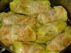 Amish recipes- UNstuffed Pepper Cabbage Rolls in the crock pot. Looks like it could be pretty tasty Sweet And Sour Cabbage, Cabbage And Sausage, Cabbage Rolls Recipe, Cabbage Recipes, Pigs In A Blanket Recipe Cabbage, Czech Recipes, Ethnic Recipes, Crockpot Recipes, Cooking Recipes