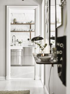 Post Cocina de acero inoxidable muebles ikea interiores, estilo nordico, escandinavian interiors,