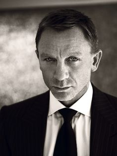 Daniel Craig (by Norman Jean Roy, for Vogue US)