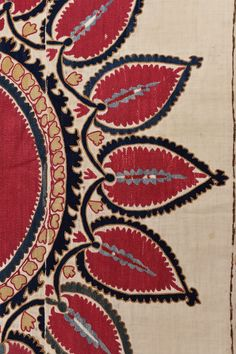 This Tashkent suzani has a large circular blossom in red with sixteen leaf shaped palmettes in red. This combination forms a large sun like design. Textiles, Textile Patterns, Textile Prints, Textile Design, Textile Art, Print Patterns, Aari Embroidery, Japanese Embroidery, Fabric Butterfly