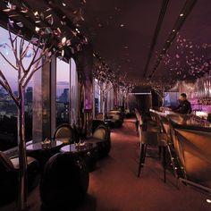 The bar aat the Peninsula Hotel ,Tokyo, Japan Peninsula Tokyo, Peninsula Hotel, Japon Tokyo, Hotels And Resorts, Best Hotels, Amazing Hotels, Luxury Resorts, Shanghai, Travel Around The World