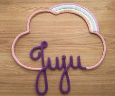 Juju Easy Diy Crafts, Baby Crafts, Spool Knitting, Pom Pom Crafts, Crochet Home Decor, Wire Art, Baby Room Decor, Diy Wall Art, Kids And Parenting