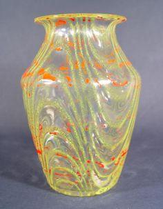 Loetz Schaumglas Vase