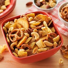 Discover our range of Chex cereal products, chex mix recipes and muddy buddy recipes. Chex is the home of the original Chex Mix and a range of Gluten Free cereals. Appetizer Recipes, Snack Recipes, Cooking Recipes, Appetizers, Appetizer Party, Party Recipes, Dessert Recipes, Holiday Recipes, Great Recipes