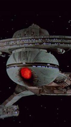 Star trek Klingon Empire, Star Trek Klingon, Star Trek Starships, Scotty Star Trek, Star Trek Models, Stark Trek, Space Movies, Capital Ship, Star Trek Beyond