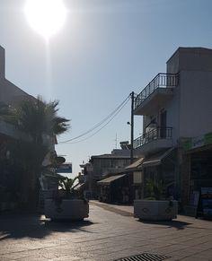 Greece Culture, Greece Food, Greece Fashion, Holiday Countdown, Greece Holiday, Greece Travel, Greek Islands, Beautiful Sunset