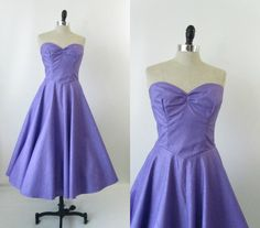 Vintage 1950s Dress Strapless Prom Party Gown in Purple S M