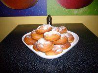 Žemličky a pletenky z jedného prameňa fotopostupy Pretzel Bites, Bread, Fruit, Ale, Food, Brot, Ale Beer, Essen, Baking