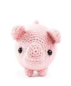 Zoomigurumi 6 - Txerri the piglet by Critterbeans