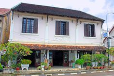 Restaurante Dao Savanh en Savannakhet  http://www.vietnamitasenmadrid.com/laos/donde-comer-savannakhet.html
