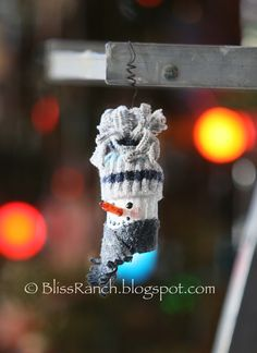 Bliss Ranch: Rustic Homemade Ornaments & Link Party Pals.....Baby sock hat snowman