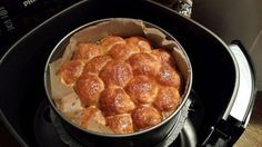 Lekker, lekker, lekker! Rundergehakt in bladerdeegballetjes.   Recept: http://www.airfryerweb.nl/recepten/rundergehakt-in-bladerdeegballetjes/  Dit recept is ingestuurd door Diana Meulenberg. Bedankt Diana!
